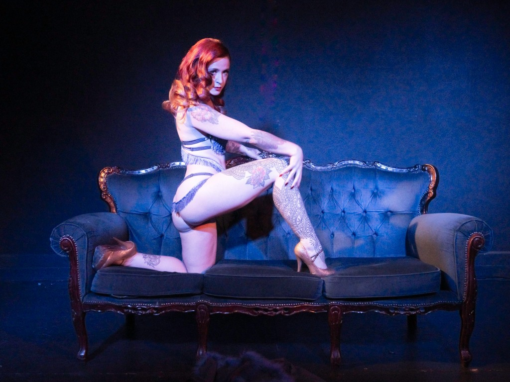 Midsummer Night's Blues burlesque performance by Miss Scar-lit Hearts